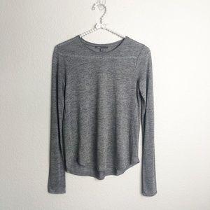 Vince Long Sleeve T-Shirt Split Back sz XS Gray